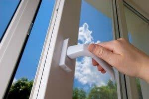 Lüften und Luftfeuchtigkeit senken