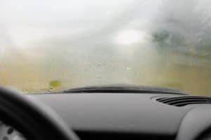 luftentfeuchtersäcke im auto beugen schlechter Sicht vor