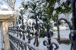 Zaun mit Schnee Zaun deutschlandweit montage